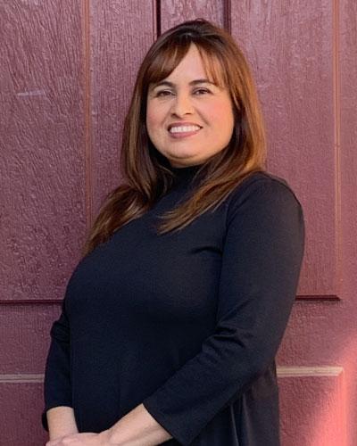 Claudia De La Rosa, AMFT